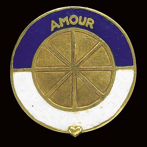 Poudrier rond en bronze - 'Amour, roi de ton coeur'